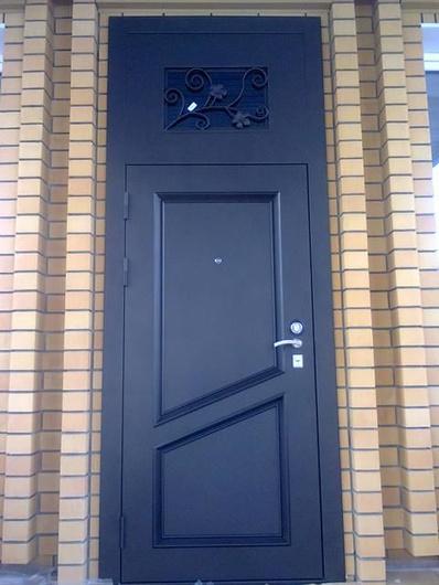 дверь металлическая с фрамугой входная для квартиры